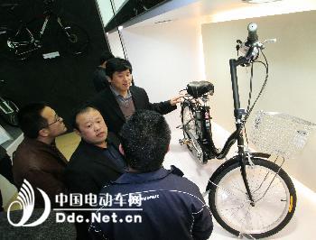 傾斜四輪自行車設計圖