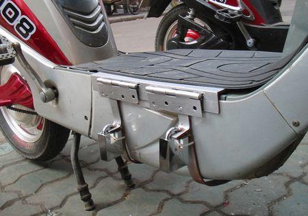 如何防止电动车电池被盗