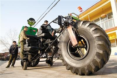 吉林市民自制霸气自行车