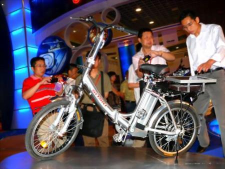 电动汽车应向电动自行车学习