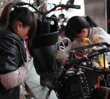 汉阴电动车已累计生产销售2000辆 产值逾4亿元