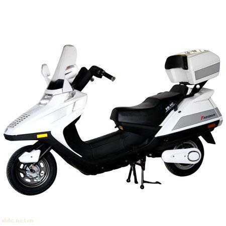 电动摩托车和普通摩托车相比较优势何在?