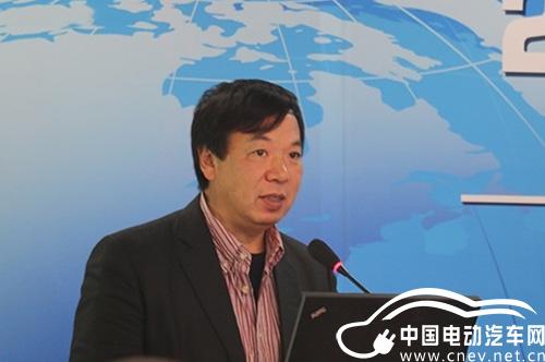 颜景辉:新能源汽车将成为2015年北京汽车市场的重要增长点