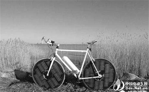 Solarbike:永远不用插电的太阳能电动自行车