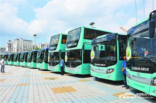 甘雯:江西新能源汽车驾驶示范第一人