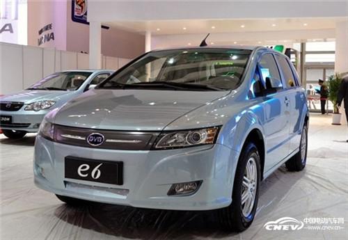 专家称再过15年 新能源汽车将取代燃油车