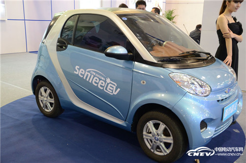 电动汽车真正的未来将属IT化