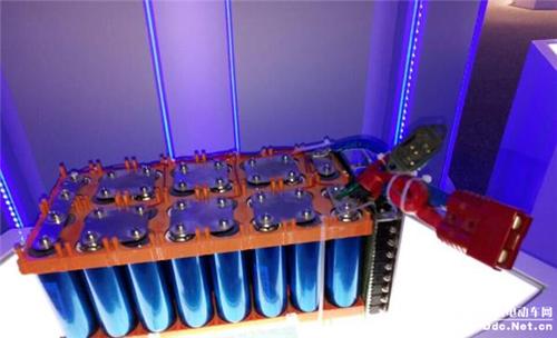 石墨烯应用电动车充电:仅3分钟充满