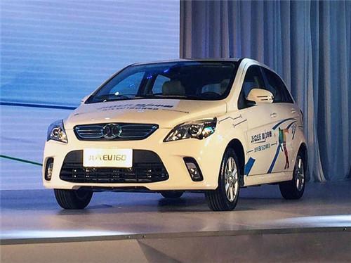 前8月上海销售新能源汽车超过2万辆 8月上牌1474辆