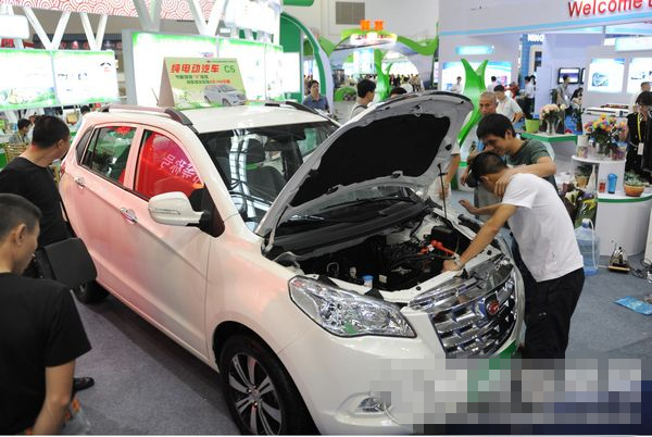 福州进一步推广新能源汽车 年底前购买双倍补贴