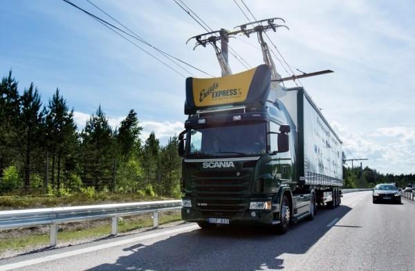 瑞典成首个为电动卡车提供充电高速公路的国家