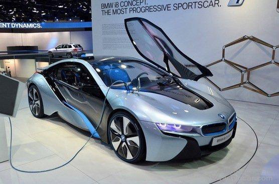 德国政府补贴政策刺激宝马电动车i3销量创历史新高