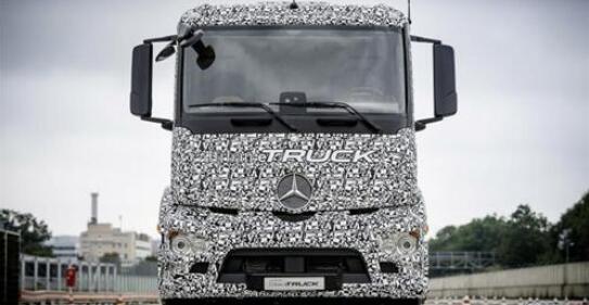 奔驰公布etruck五年计划 叫板马斯克电池商用车