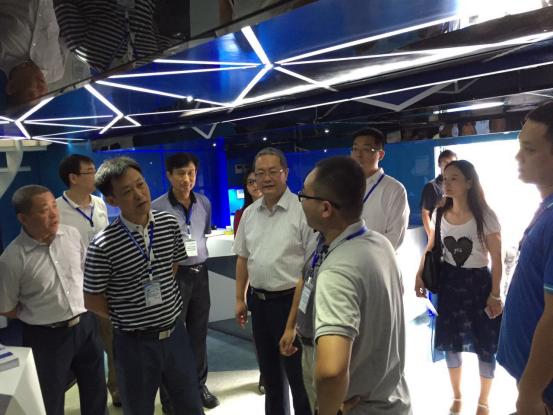 航天蓝速专用车与乘用车将共发力,新车型HT7即将上市1023.png