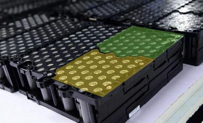 第一届动力电池应用国际峰会11月13日开幕