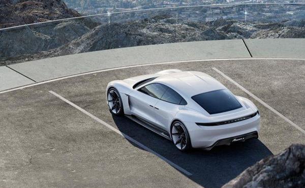 2016 新能源汽车领域的十大热点事件高清图片
