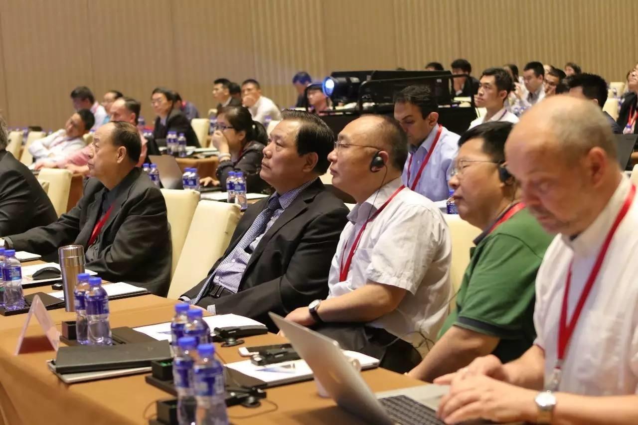 银隆新能源董事长魏银仓出席中美电动汽车与电池研讨会