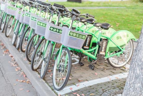享骑电单车运维梁栋 :凌晨2点的上海很美