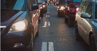 中国新能源汽车年产销量近80万辆 亟需完善大数据