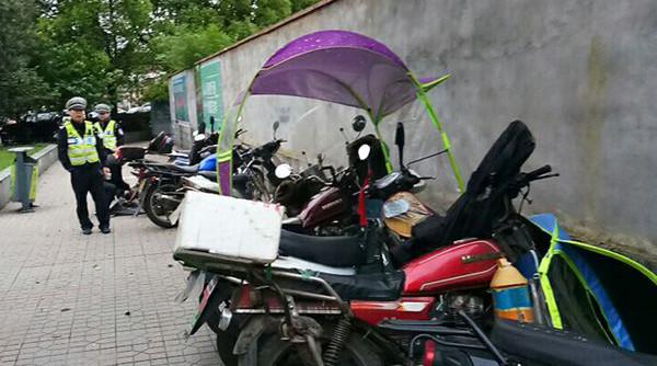 株洲重拳整治电动车违法行为 近千人被查处