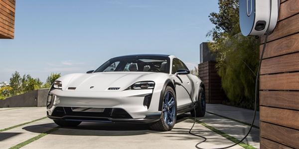 保时捷为推出电动汽车 开发电动车充电基础设施