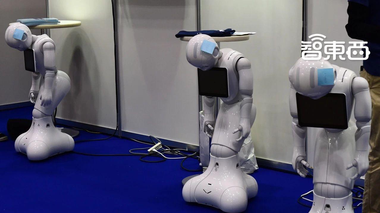 核心玩家连环爆雷!服务机器人寒冬已至