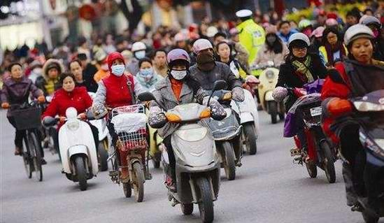 江西省电动车整治深入乡镇 增加红绿灯和视频监控设备42处