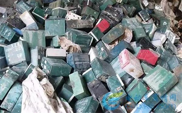 注意!这样处理废旧电瓶,最高罚100万!各地旧电池停收现象持续加重!