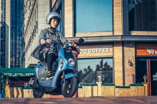 第7个全国交通安全日:骑行时不注意这些细节,危及你的生命?