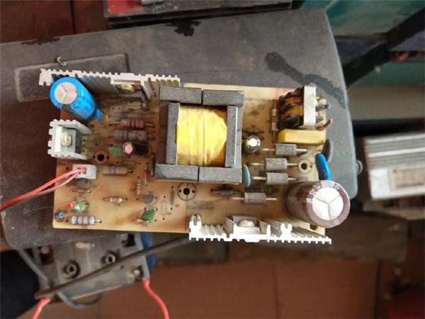 充电器3.jpg