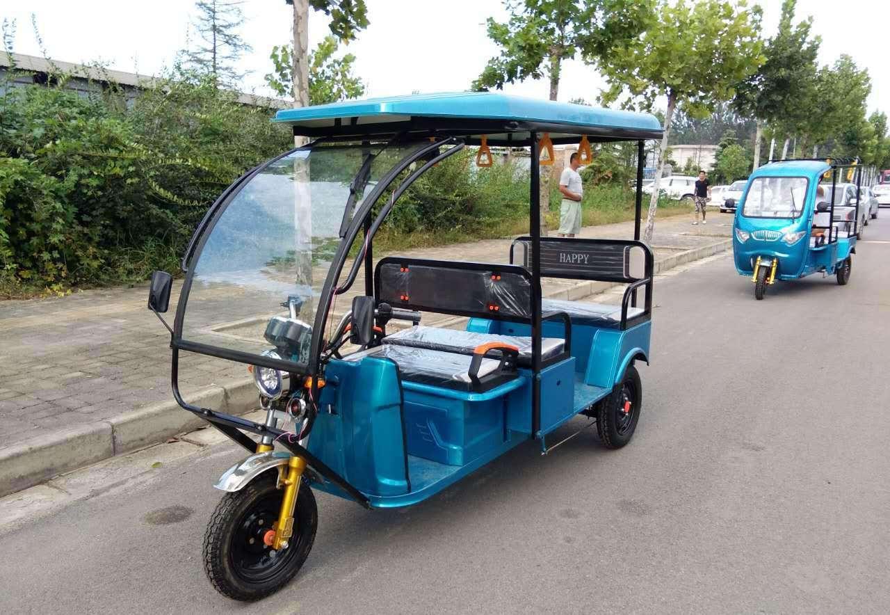 电动三轮车主骑上机动车道出车祸,结局却让人意外