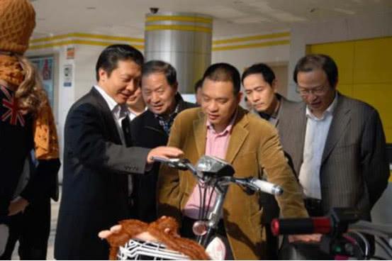 中国电动车大黑马诞生:一年卖出2000万辆!