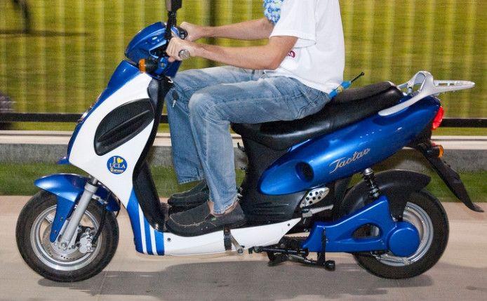 北京电动车平均每天违法超过2900起,多为快递外卖