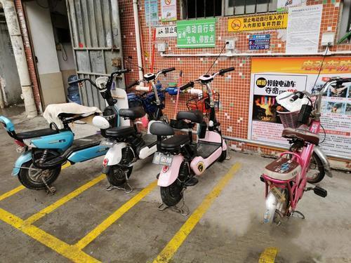 高埗:全面清理违规停放电动自行车