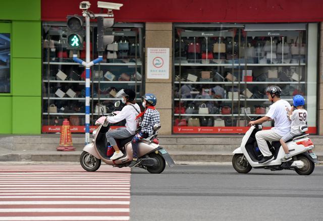 保護兒童乘車和電動自行車騎乘安全 專家建議全國層面立法