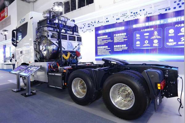 续航突破1000公里的福田氢能重卡有什么黑科技?
