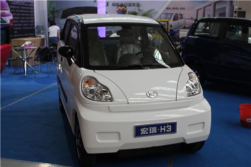 宏瑞电动汽车-热爆西北 小型电动车企齐聚西安新能源车展高清图片