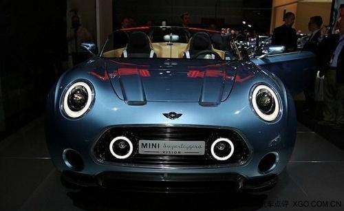 宝马mini敞篷电动汽车,亮相巴黎车展高清图片