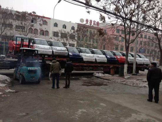 宏瑞电动汽车挺进湖北襄阳市场高清图片